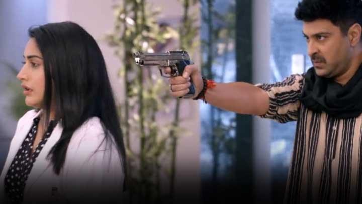Sanjivani 2: Ishani and others at stranger's gunpoint in OT, Sid tensed
