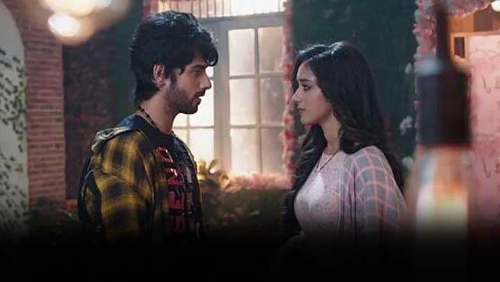 Yeh-Hai-Chahatein-Someone-shot-Prisha-Rudraksh-tensed