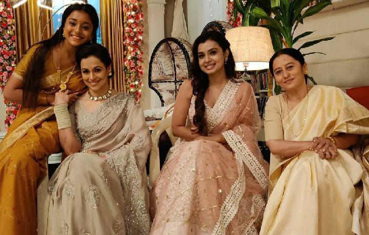 Imlie-Mithi-Satyakam-comes-Delhi-Imli-kidnaped