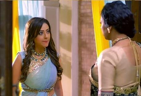 Kavya-enters-Shah-house-Anupama-slaps-her