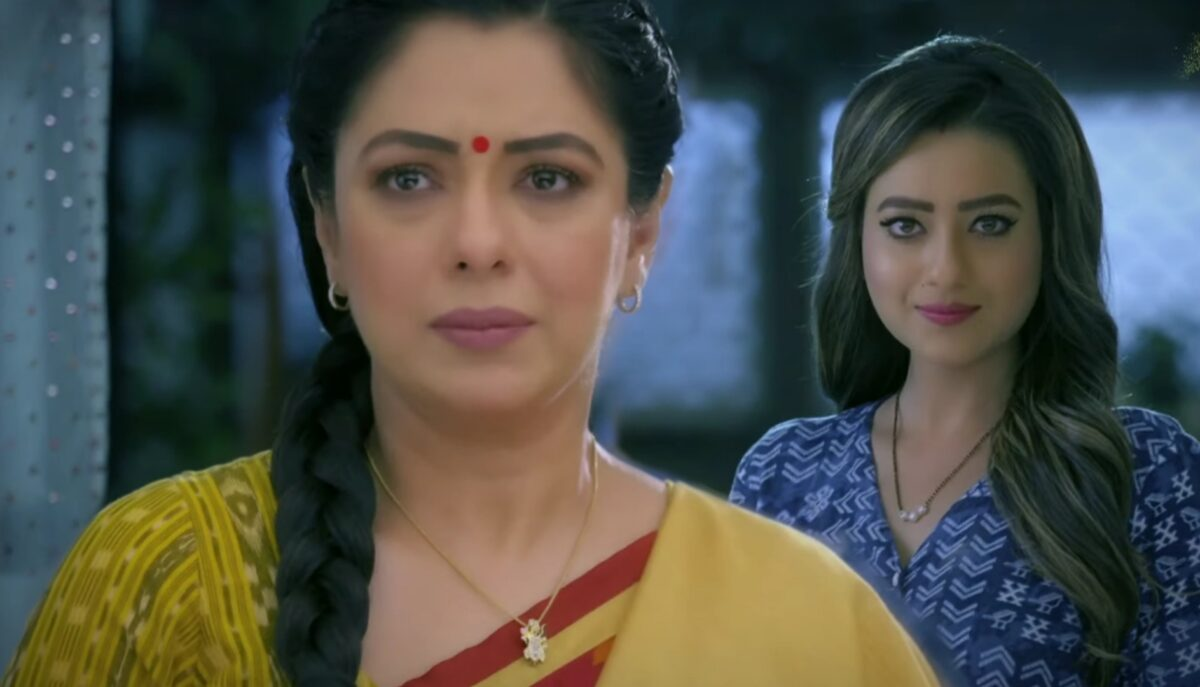 Anupama: Anupama gives Kavya foot massage; Kavya's evil plan
