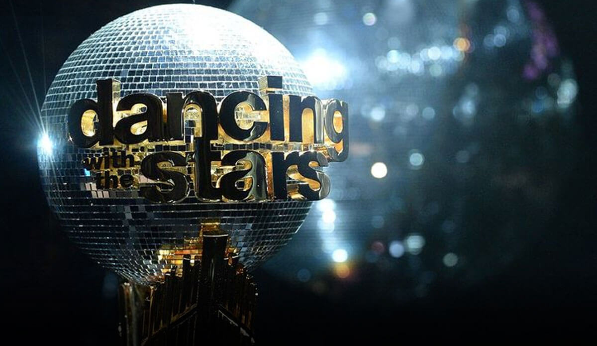 Dancing-With-The-Stars-2021-Contestants-List-Dancing-Couple-DWTS-Season-30