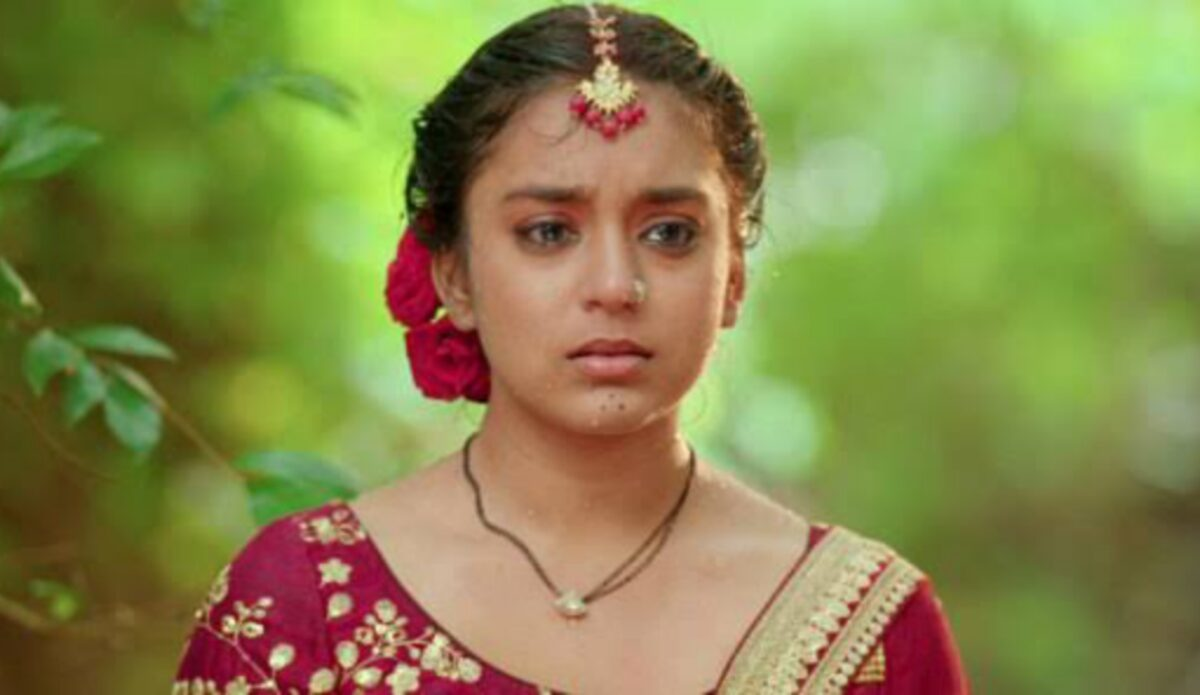 Imlie: Imlie begs for Aditya's forgiveness; Malini smirks